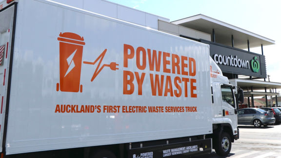 EMOSS_Garbage_collection_truck_New_Zealand.jpg